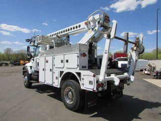 2006 International  7300 4x4  AT-40C Bucket Truck   St Cloud MN  NorthStar Truck Sales  in St Cloud, MN
