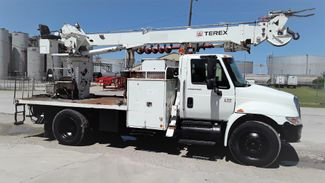 2006 International 4300 DT466 AUTO A/C in Fort Worth, TX
