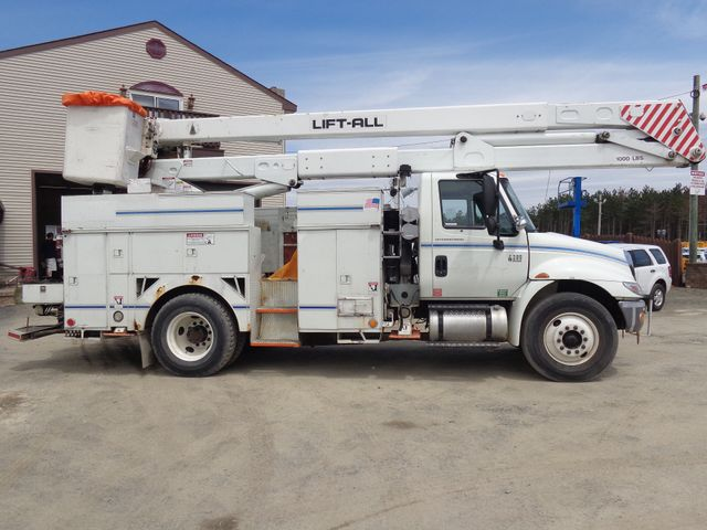 2006 International 4300 Hoosick Falls, New York 2