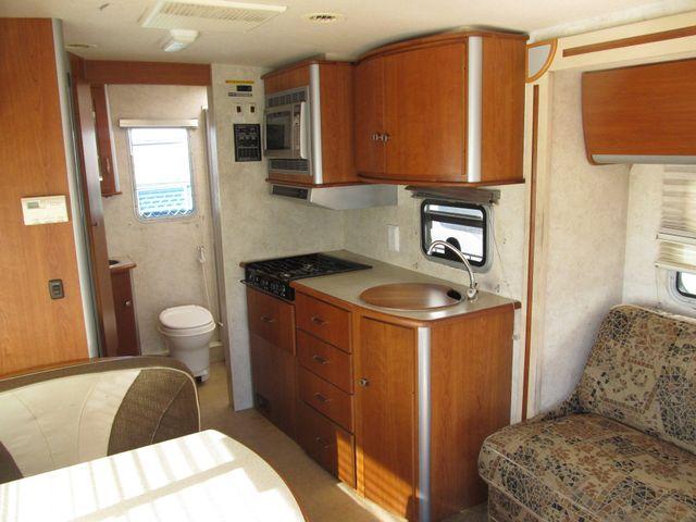 2006 Itasca NAVION 23H Albuquerque, New Mexico 2