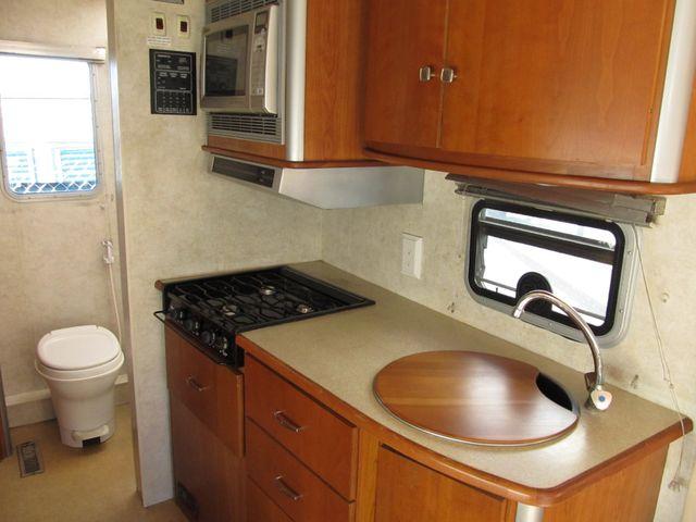 2006 Itasca NAVION 23H Albuquerque, New Mexico 6