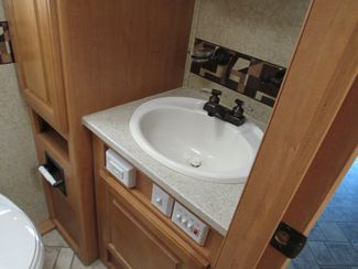 2007 Jayco Seneca On Steroids! 33SS 4x4 SEE LISTING!  C5500 Duramax 16K Hitch Bend, Oregon 20