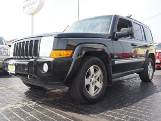 2006 Jeep Commander 4WD | Champaign, Illinois | The Auto Mall of Champaign in Champaign Illinois