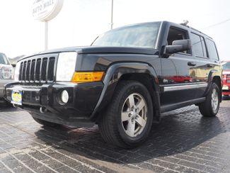 2006 Jeep Commander 4WD | Champaign, Illinois | The Auto Mall of Champaign in Champaign Illinois