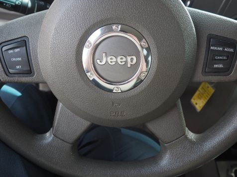 2006 Jeep Commander 4WD | Champaign, Illinois | The Auto Mall of Champaign in Champaign, Illinois