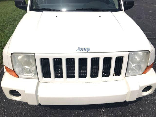 2006 Jeep-2 Owner! 3rd Row! Commander-4X4! BUY HERE PAY HERE! Base-CARMARTSOUTH.COM Knoxville, Tennessee 1