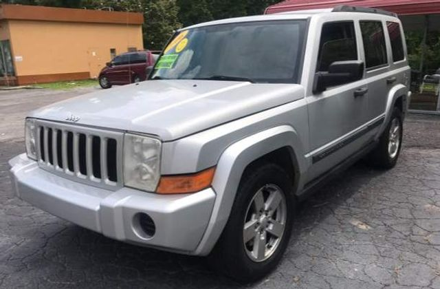 2006 Jeep Commander Base in Knoxville, Tennessee 37920