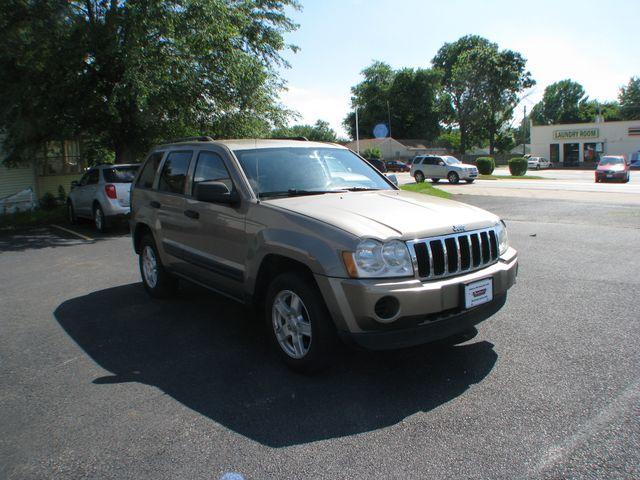 2006 Jeep Grand Cherokee Laredo in Coal Valley, IL 61240