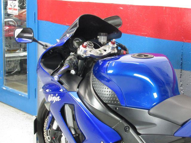 2006 Kawasaki ZX6R in Dania Beach , Florida 33004