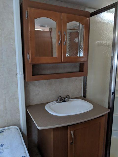 2006 Kz Durango 285RL Mandan, North Dakota 6