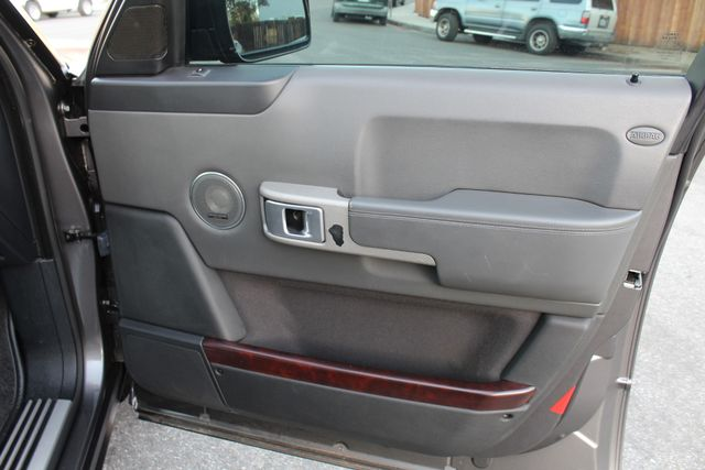 2006 Land Rover RANGE ROVER SC NAVIGATION SERVICE RECORDS in Van Nuys, CA 91406