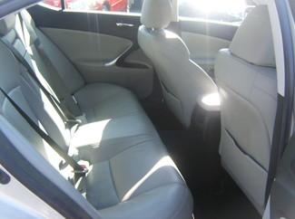 2006 Lexus IS 250 Auto Los Angeles, CA 3