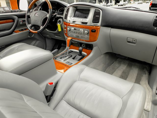 2006 Lexus LX 470 Burbank, CA 11