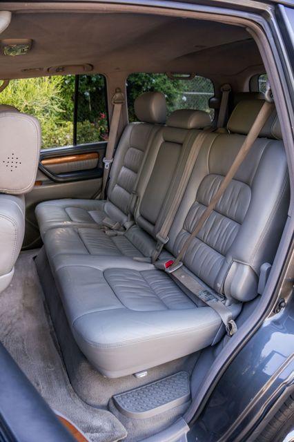 2006 Lexus LX 470 Reseda, CA 32