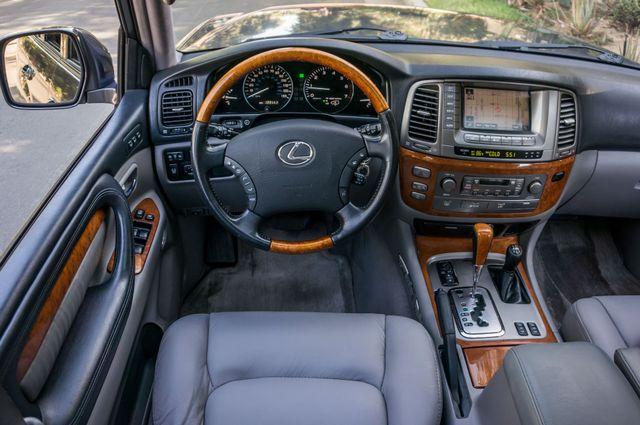2006 Lexus LX 470 Reseda, CA 19