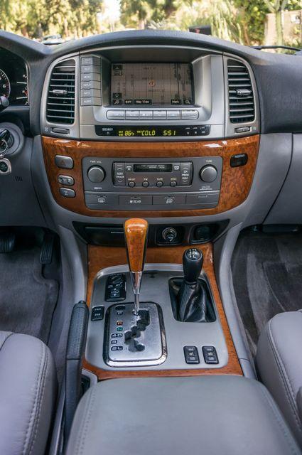 2006 Lexus LX 470 Reseda, CA 23