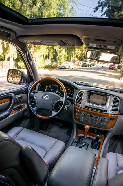 2006 Lexus LX 470 Reseda, CA 41