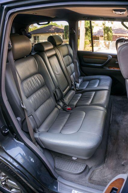 2006 Lexus LX 470 Reseda, CA 35