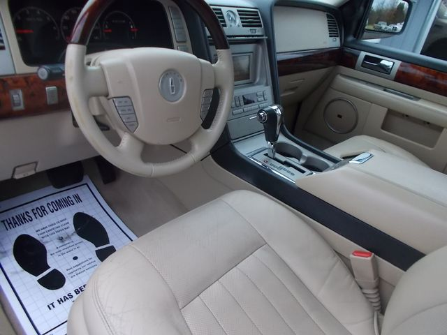 2006 Lincoln Navigator Ultimate Shelbyville, TN 24