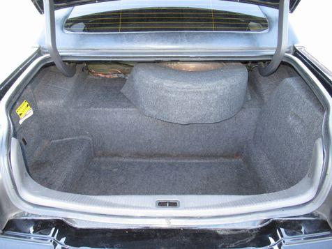 2006 Lincoln Town Car Executive w/Limousine Pkg | Houston, TX | American Auto Centers in Houston, TX