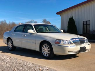 2006 Lincoln Town Car Signature Limited in Jackson, MO 63755