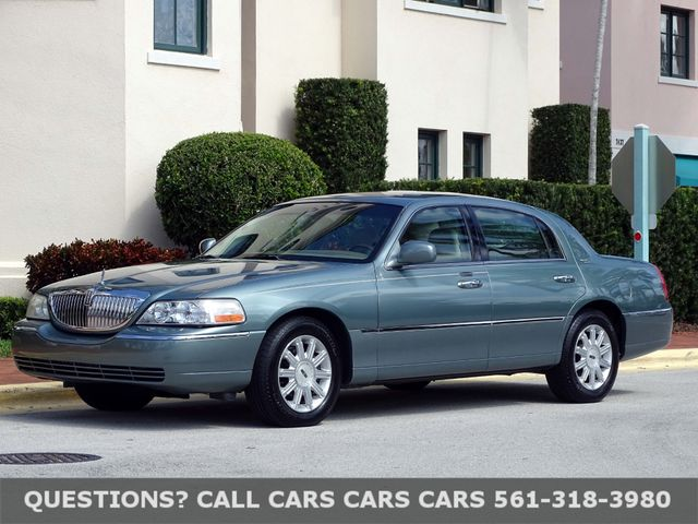 2006 Lincoln Town Car Signature Limited In West Palm Beach Florida 33407