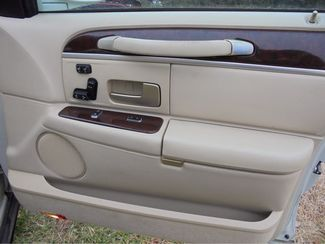 2006 Lincoln Towncar Limited Signature  city Oklahoma  Raven Auto Sales  in Oklahoma City, Oklahoma
