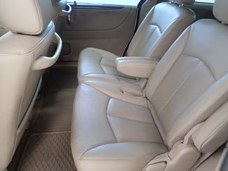 2006 Mazda MPV ES Lincoln, Nebraska 3