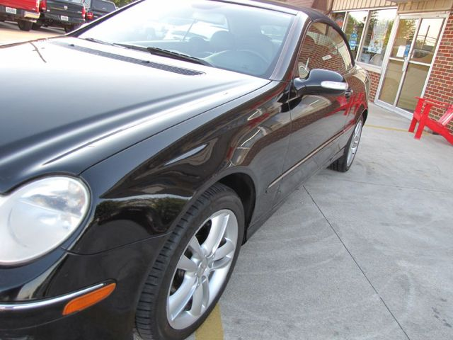 2006 Mercedes-Benz CLK350 3.5L in Medina OHIO, 44256