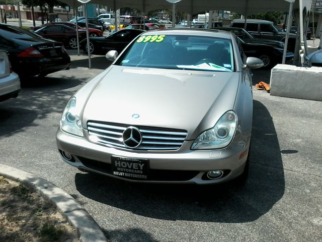 2006 Mercedes-Benz CLS500 San Antonio, Texas 1