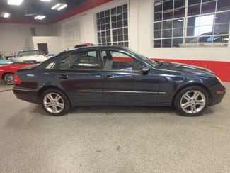 2006 Mercedes E350 4-Matic LUXURIOUS AND AFFORDABLE. Saint Louis Park, MN 1