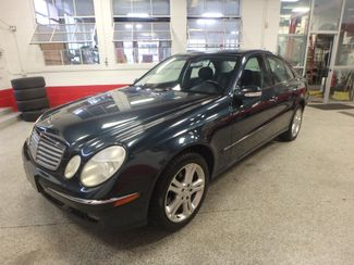 2006 Mercedes E350 4-Matic LUXURIOUS AND AFFORDABLE. Saint Louis Park, MN 7