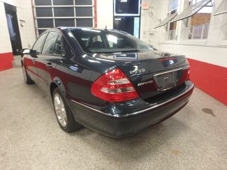 2006 Mercedes E350 4-Matic LUXURIOUS AND AFFORDABLE. Saint Louis Park, MN 9