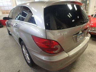 2006 Mercedes R350, 3.5l AWD, ROCK SOLID SPORT WAGON!~ Saint Louis Park, MN 9