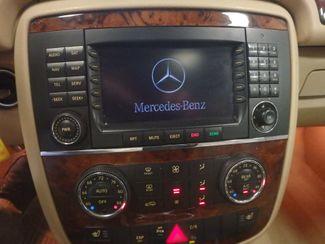 2006 Mercedes R350, 3.5l AWD, ROCK SOLID SPORT WAGON!~ Saint Louis Park, MN 12