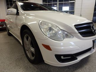 2006 Mercedes R350 4-Matic VERY SHARP, ROAD READY, WITH WARRANTY Saint Louis Park, MN 18