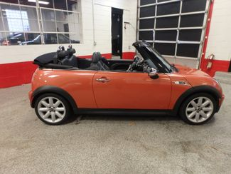 2006 Mini Convertible S! LOW MILE GEM,  CUSTOM FACTORY INTERIOR Saint Louis Park, MN 17