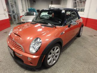 2006 Mini Convertible S! LOW MILE GEM,  CUSTOM FACTORY INTERIOR Saint Louis Park, MN 3