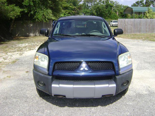 2006 Mitsubishi Raider Crew 4WD in Fort Pierce, FL 34982