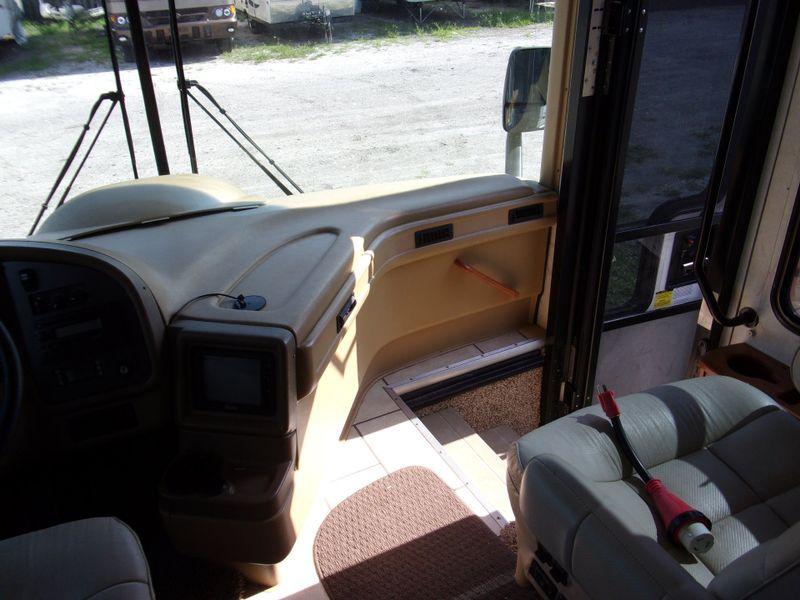 2006 National Tropical   city FL  Manatee RV  in Palmetto, FL