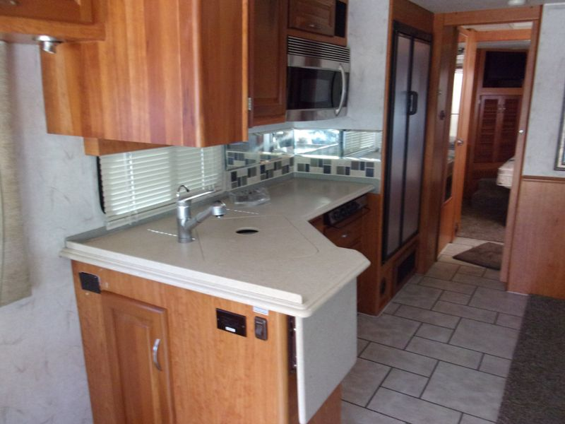 2006 National Tropical   city FL  Manatee RV  in Palmetto, FL