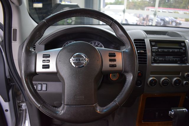 2006 Nissan Pathfinder LE in Airport Motor Mile ( Metro Knoxville ), TN 37777