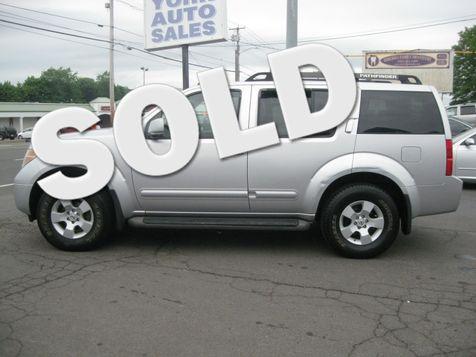 2006 Nissan Pathfinder SE in , CT