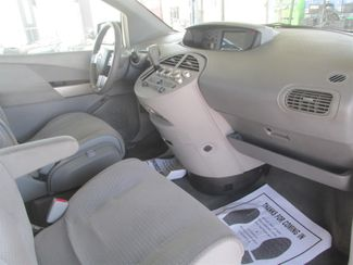 2006 Nissan Quest Base Gardena, California 7