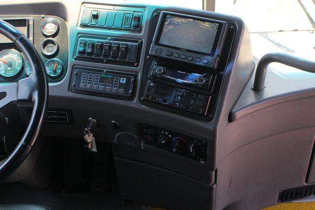 2006 Other BLUE BIRD EXPRESS 4000 BUS 45 Passenger Mooresville , NC 24