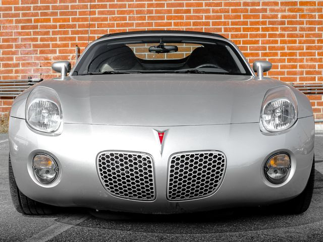 2006 Pontiac Solstice Burbank, CA 3