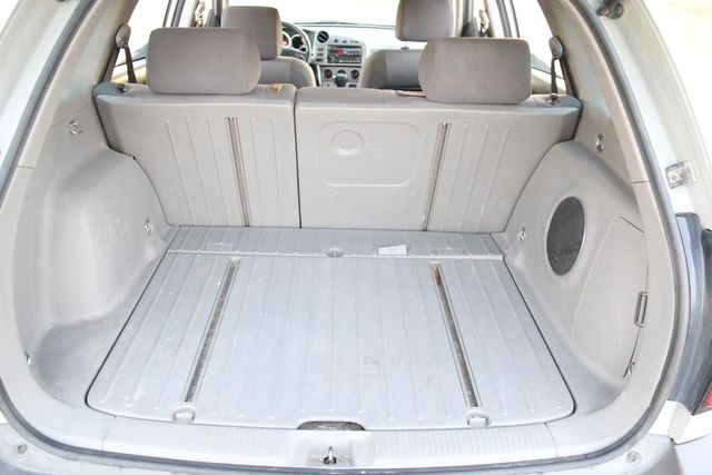 2006 Pontiac Vibe Santa Clarita, CA 22