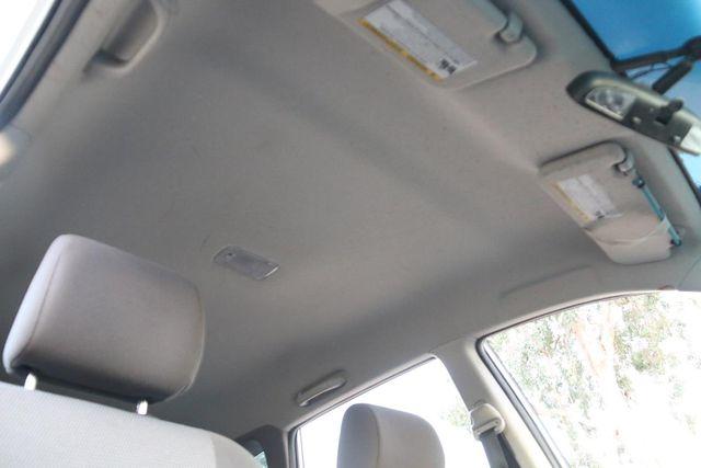 2006 Pontiac Vibe Santa Clarita, CA 23