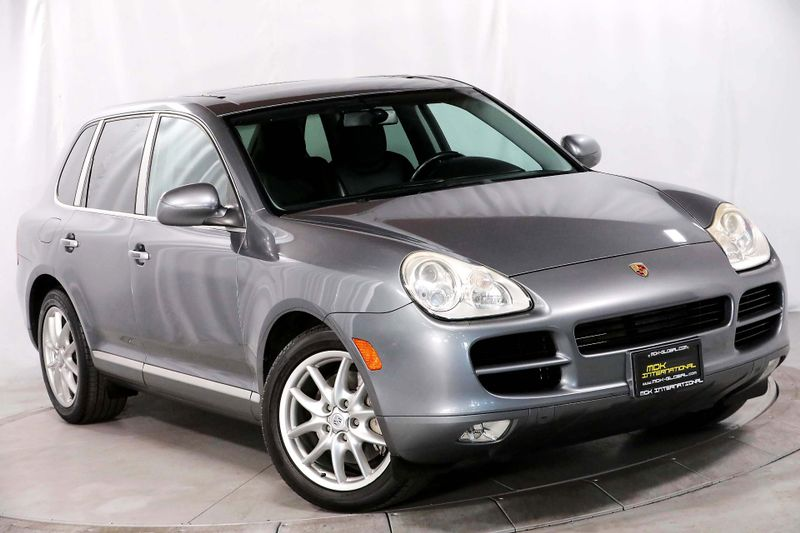 2006 Porsche Cayenne S - Navigation - BOSE - Heated seats  city California  MDK International  in Los Angeles, California