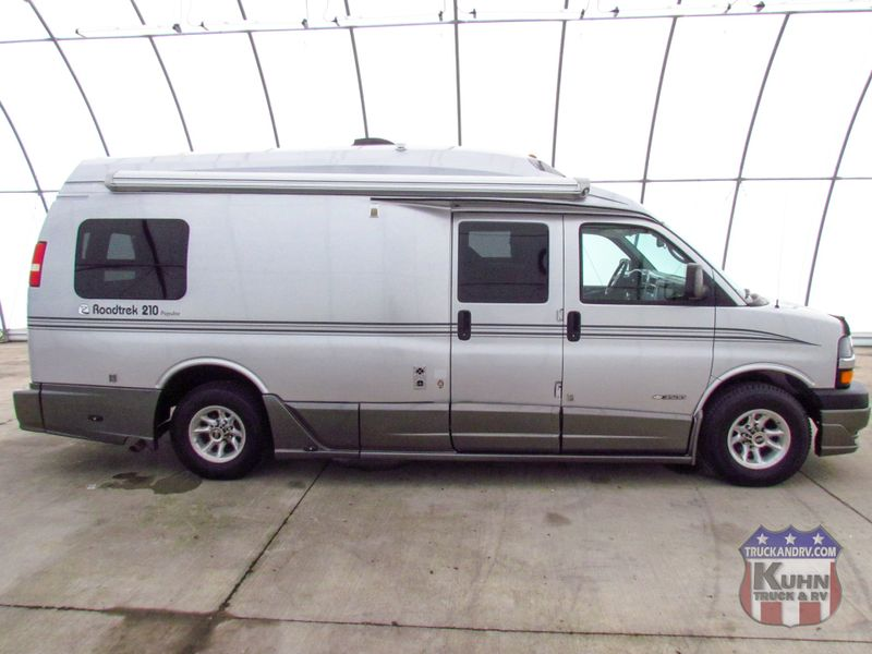 2006 Roadtrek 210 Popular   in Sherwood, Ohio